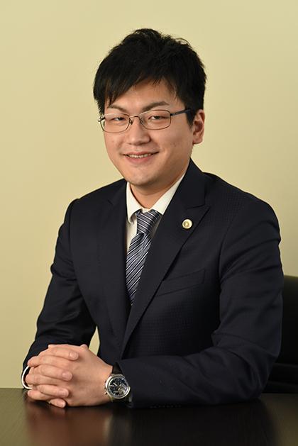 代表弁護士 小林 嵩